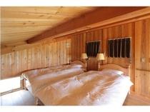 ロフト寝室