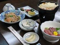 日替わりの夕食(ボリュームたっぷりの鍋料理つき)