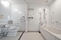 【ユニバーサルツインルーム バスルーム】