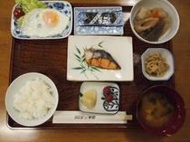 朝食(別料金:750円)