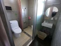 別館和室 シャワー&トイレ