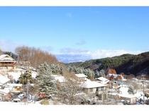 かすが荘の周りも雪に包まれました