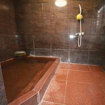 館内一例:本館「四季の宿 まつみや」の浴場(男湯)