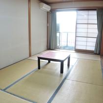 *【和室一例】二階の和室客室(トイレ・洗面付き)をご用意します