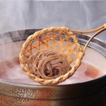 信州名物・とうじ蕎麦鍋