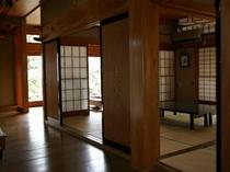 本館松の廊下と座敷