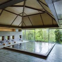 *お風呂/季節と豊な自然を満喫して下さい。