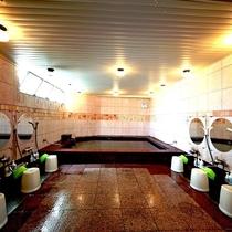 隣接の本館大浴場(男性限定)がご利用になれます。詳しくはフロントスタッフにお尋ねください。