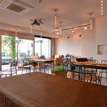 *Sound Swell Cafe/海を眺むダイニングカフェ。オシャレな空間で有意義なひと時を。