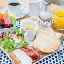 *ご朝食一例/爽やかな潮風が吹き抜ける、気持ちのいい海辺のリゾートで。