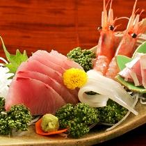 【お食事】はまち、イカ、えびなどとれたての海鮮の味をどうぞ☆