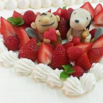 ウェディングレセプションでは、当店シェフが作る『オリジナルケーキ』も大人気です。