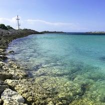 敷地内「海上遊歩道と灯台」の風景