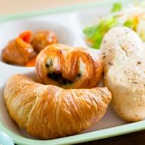 朝食盛り付け例4