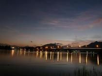 河口湖の夕暮れ