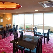 和食会席は14階レストラン「天翔」で。