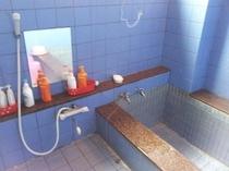 館内の浴室