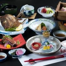 季節の食材を用いた『庄内名物和食会席膳』