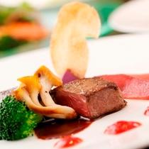 【夕食】(肉料理)静岡県産ふじやま和牛のトリュフソース
