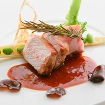 夕食:(肉料理)伊豆の旬食材を使ったプレミアムフレンチ会席
