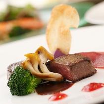 【ご夕食の一品】土肥の味覚、旬の高級食材を散りばめたフレンチ懐石