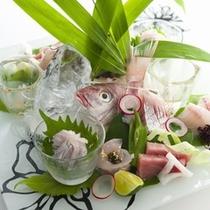 夕食:(地魚お造り盛り合わせ)伊豆の旬食材を使ったプレミアムフレンチ会席