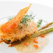 夕食:(魚料理)伊豆の旬食材を使ったプレミアムフレンチ会席