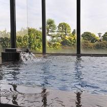 *【大浴場(男湯)】 朝は日の出、夜は夜景…刻々と移ろう美しい景色の中で、ご入浴をお楽しみください!
