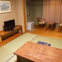 *【客室例(和室)】畳のお部屋で足を伸ばしての〜んびり…