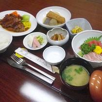 *【夕食例】美味しいお食事を堪能♪手作りの夕食です。