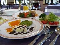 夕食コース料理の一例