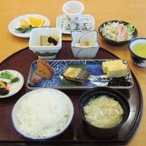 (朝食一例)和定食