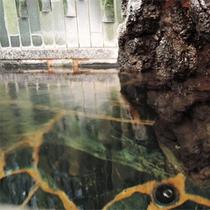 *お風呂一例/温泉ではありませんが、風情ある岩造りのお風呂でリフレッシュしてください♪