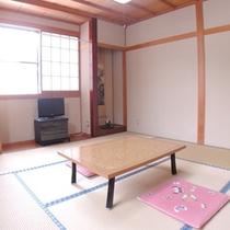 *客室一例/全室エアコン、テレビ完備。アメニティはタオル、バスタオル、浴衣、歯ブラシ、ドライヤー♪