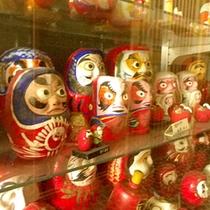 *館内玩具一例/だるまもたくさんの種類が!