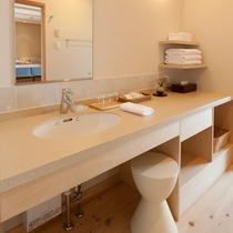 お部屋の洗面スペース(写真は「明神」の部屋)