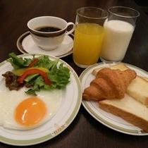 朝食C(コンチネンタル)500円