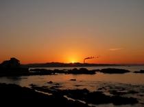 ビーチの朝陽