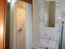 シャワー室-3