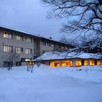 冬のホテル裏夕景