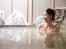 露天風呂 内湯側