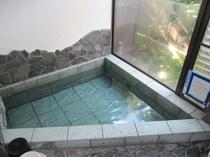 貸切温泉風呂/岩風呂