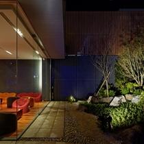 ガーデン&ラウンジ「夜」