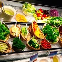 【朝食】蓼科の朝採れ新鮮野菜