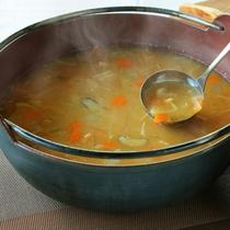 信州野菜の具だくさん味噌汁