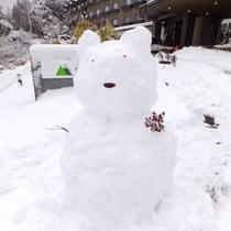 玄関前の雪景色