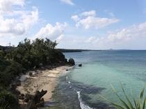 沖縄の海の透明度の高さを感じてみてください。