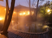 大浴場露天風呂【花】ー夜