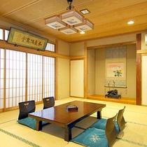 *和室15畳/当館で一番広いお部屋です。
