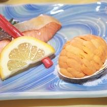 *生うにや夏の海の幸が味わえる「夏の海の味覚御膳一例」
